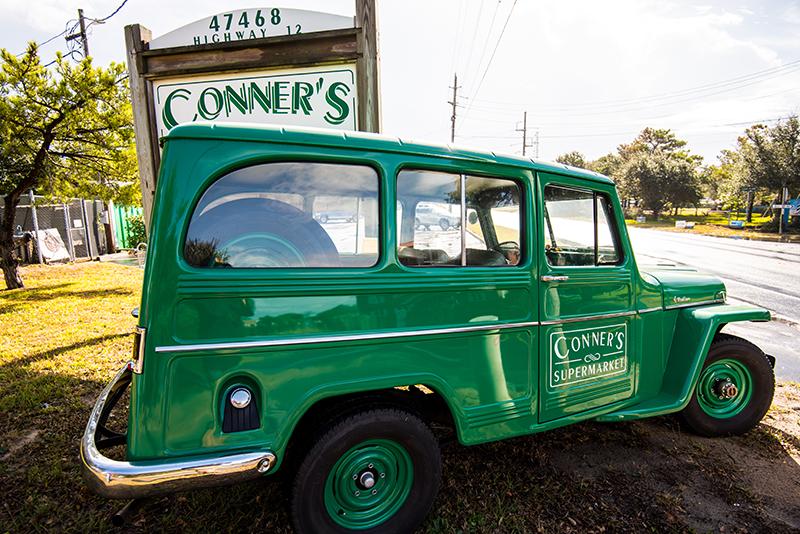 Willys Jeep : Conner's Supermarket : Buxton, Hatteras, Avon